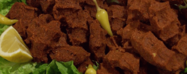 Çiğ Köfte – Rezept für rohe Frikadellen