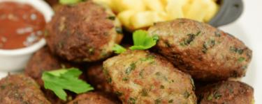 Kuru Köfte – Rezept für türkische Bratfrikadellen