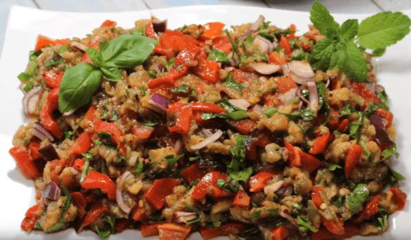 Patlıcan salatası Tarifi: Auberginensalat - Rezept auf deutsch