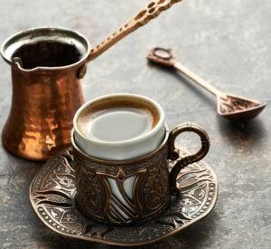 Türkischer Kaffee: Traditionelle Zubereitung