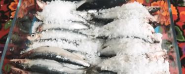 Tuzlanmiş balik – Rezept für Fisch mit Meersalzkruste